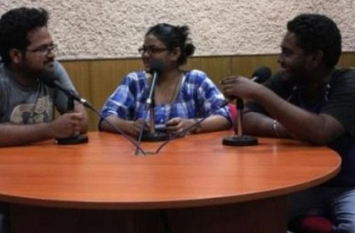 Students broadcasting at Bol Hyderabad 90.4 fm