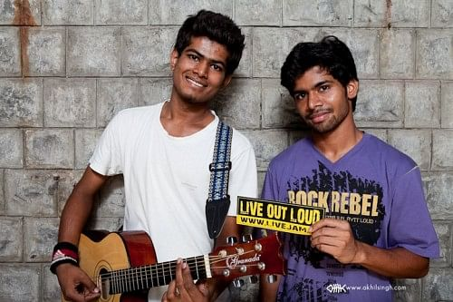 The members of LiveJam