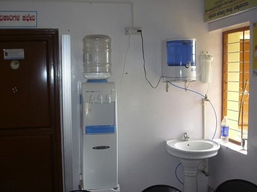 RO purified hot and cold water system