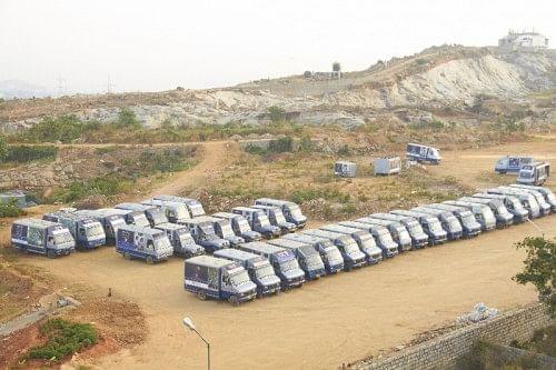 Delivery vans ready to leave Akshaya Patra kitchen