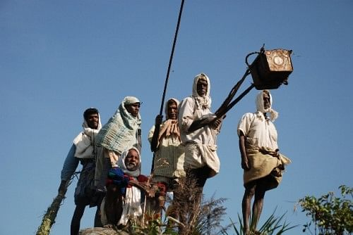Traditional honey collectors in the Nilgiri Biosphere Reserve of the Western Ghats