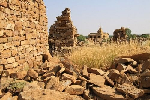 Kuldhara in Rajasthan is probably the only place in the world where an entire population of over 17,000 people vacated en masse, of their own accord, and disappeared into the thick of a misty night never to return.
