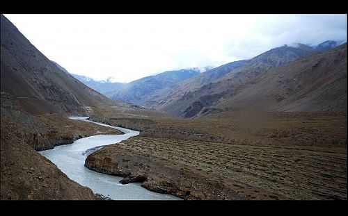 Spiti river, along the banks of which lies the sleepy little town of Tabo