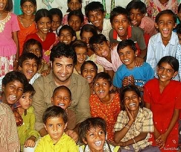 Govind Singh Rathore with Setrawa kids
