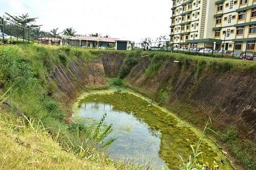 Collecting Rain Water-Yenepoya Medical College