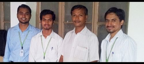 The creators of the mechanical refrigerator - Narendra Patil and his project team along with their project mentor.