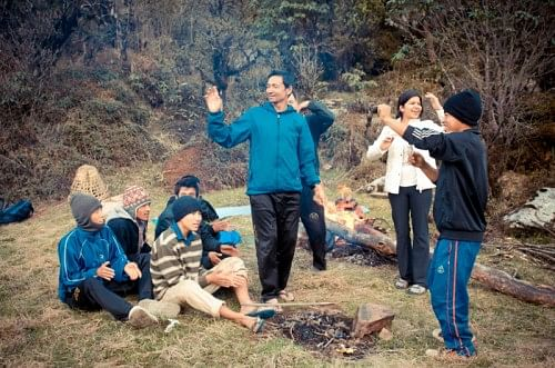 Trek - interaction with porters