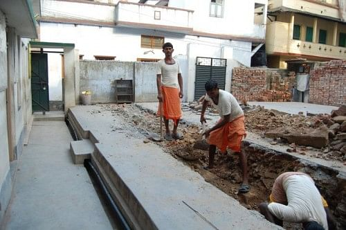 The construction of the Samaritan Mission School