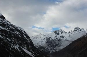 Snow-capped mountains everywhere!