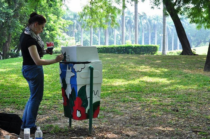 Transforming Garbage Bins Into Works Of Art At Delhi's Lodi Gardens!