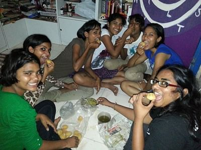 Girls living a relaxed life in Kranti Home