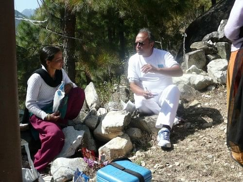 Kiran Patel of Better Life Foundation interacting with ASHA worker at Muri, Uttarakhand