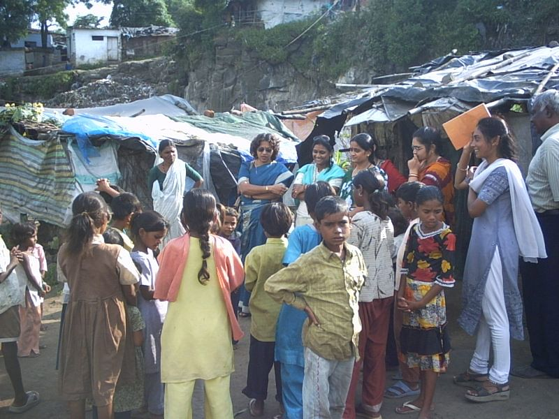 Teachers of Parvarish go to these slum areas to make sure that the parents send their kids to the school.