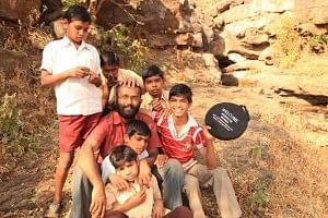 Sandeep Viswanath  with students of Jamana School, Nandurbar