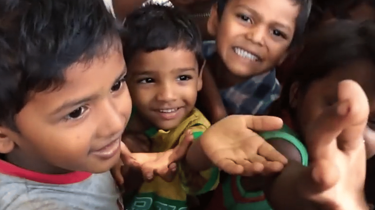 Watch The Giving Hand As It Goes Around Mumbai Making People Smile