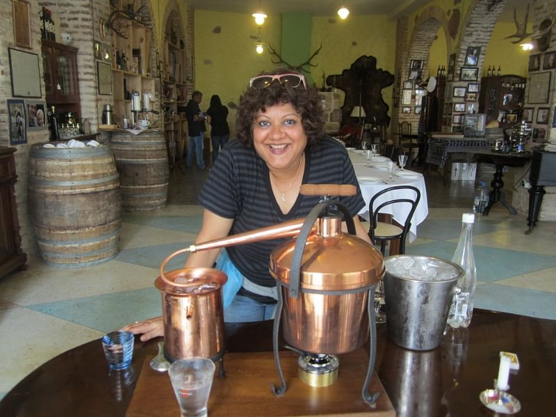 Shatbi Basu, the first lady in India to become a bartender. Image Credits: STIR Academy.