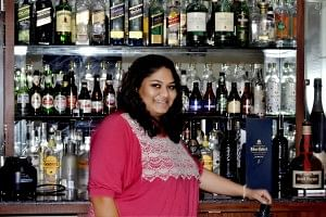 women bartenders in India