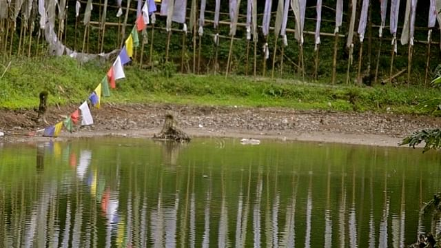 The lake adds immense beauty to the area surrounding the Doling monastery and in future the lake could also be used to supply water to nearby water scarce areas.