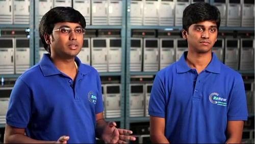 Mukund BS (left)