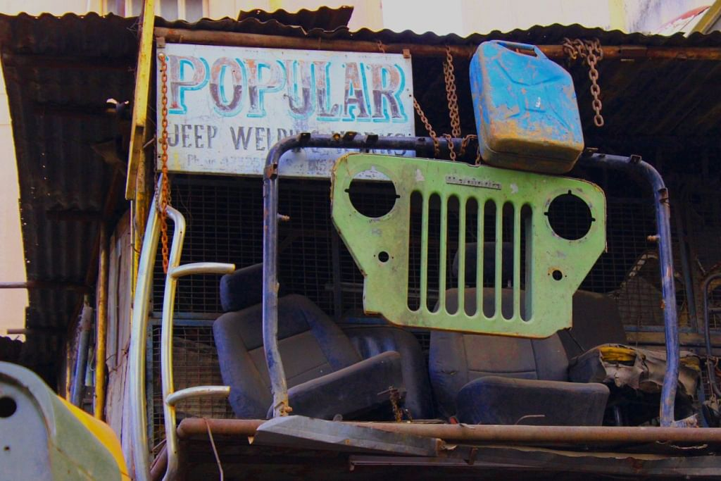 Invisible Heroes Of Everyday: Scrap Workers – Magicians Who Can Convert Waste Into A Jeep!