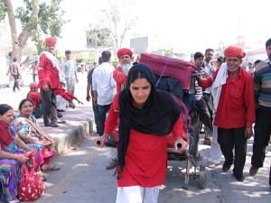 Manju is the first female porter at the Jaipur Railway Station in Rajasthan's state capital. (Credit: Abha SharmaWFS)