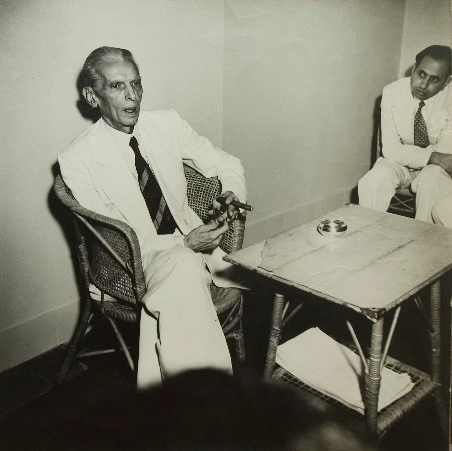 Mohammad Ali Jinnah at his last Press Conference before leaving for Pakistan; August 1947 Gelatin Silver Print From the exhibition: Candid: The Lens and Life of Homai Vyarawalla Collection: Alkazi Collection of Photography Image Courtesy: Rubin Museum of Art, New York ​)​​