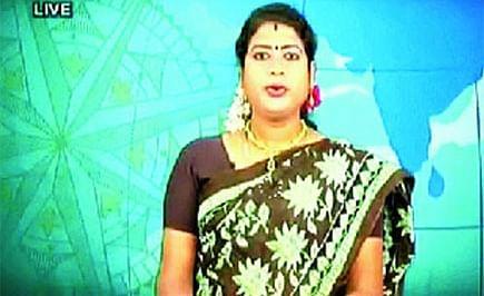 Introducing Padmini Prakash, India's First Transgender Television News Anchor
