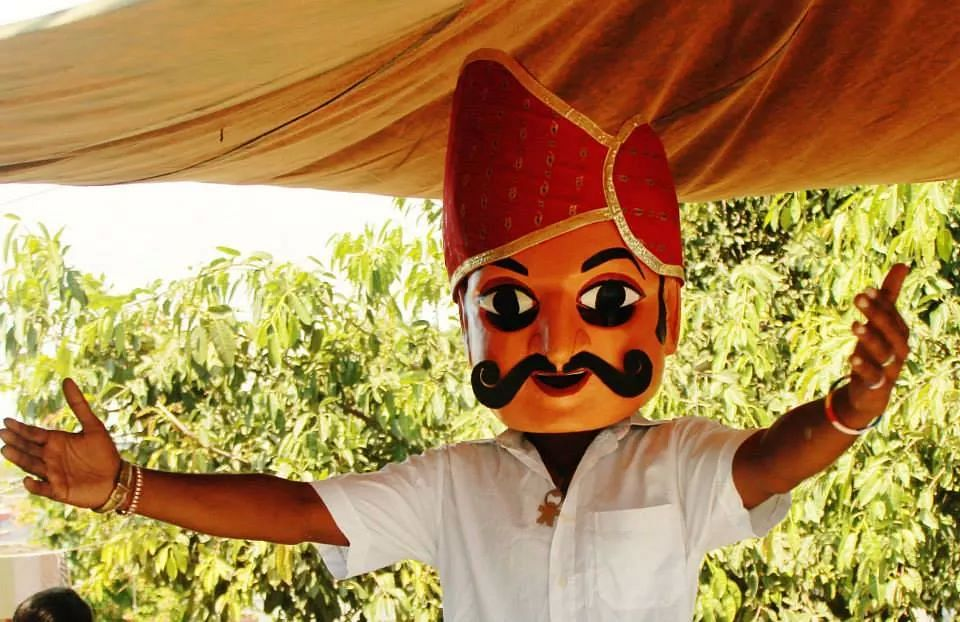 Students of SRCC college are reviving the traditional art of puppetry.