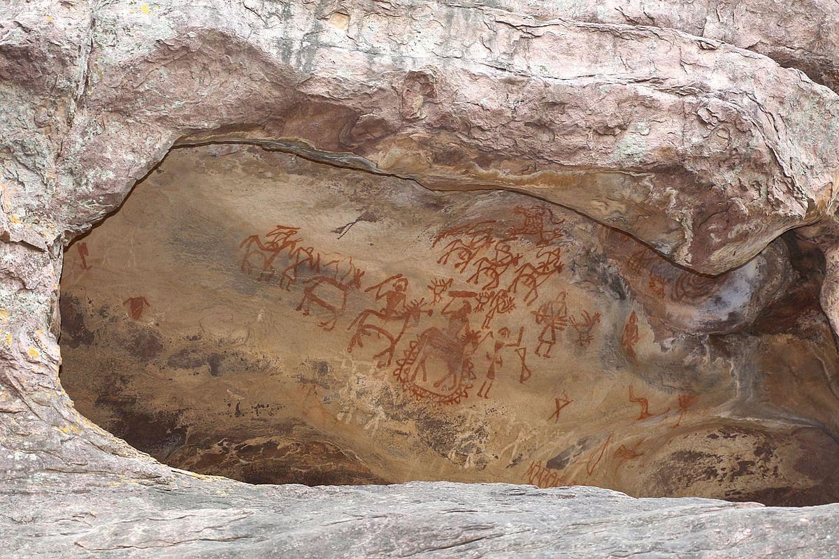 """Photo Courtesy: """"Rock Shelter 8, Bhimbetka 02"""" by Bernard Gagnon via Wikimedia Commons"""