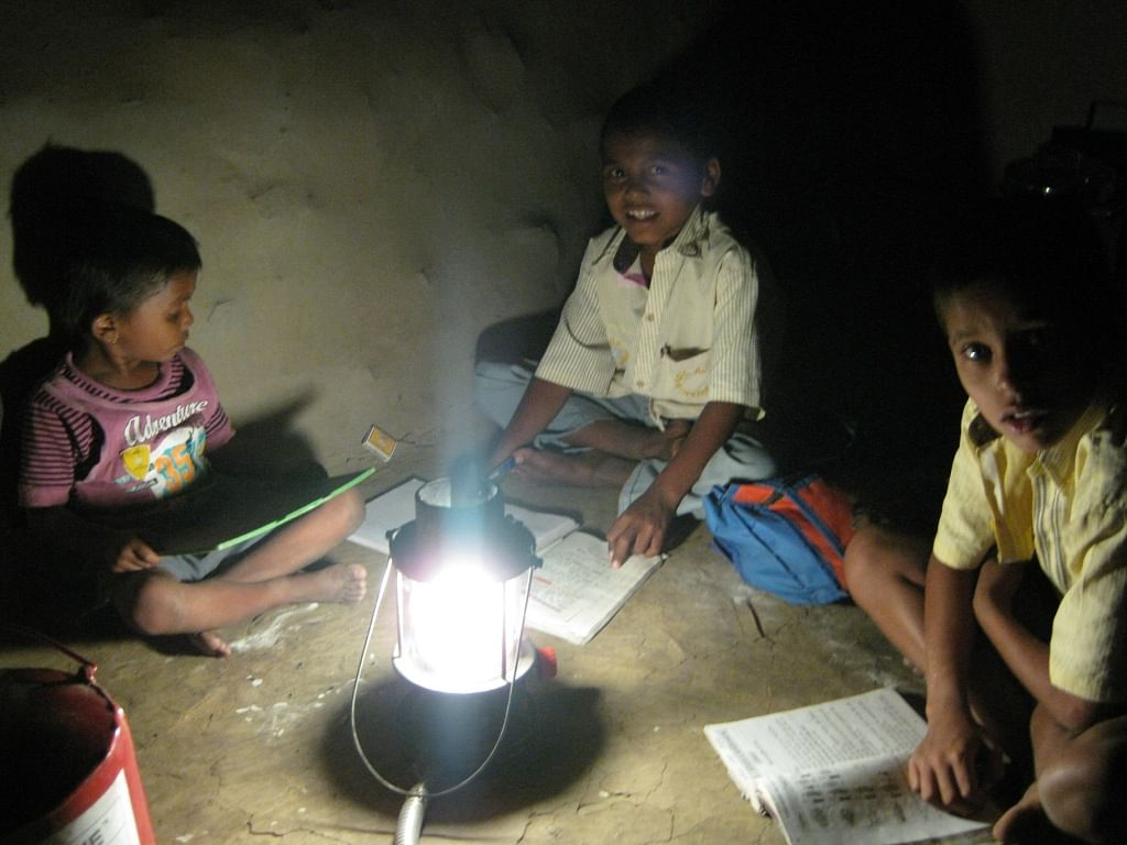A Lamp Which Is Also A Stove Is Solving Two Of Rural India's Biggest Problems In One Go