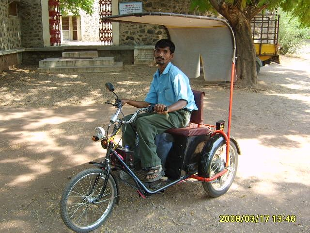 #Innovation: These Amazing Modified Cycle Rickshaws Are Making The Task Easier For Rickshaw Pullers