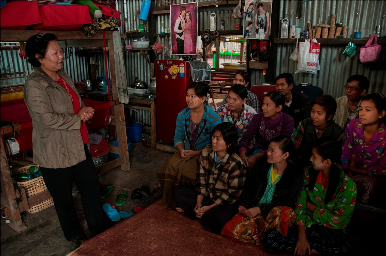 Lalthanzami counselling women in Mizoram.