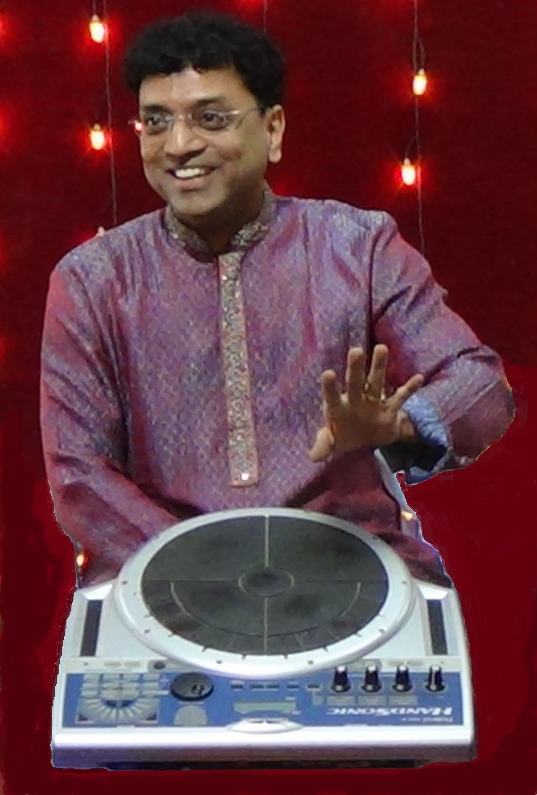 Jaywant Utpat has performed with some of the most renowned artists of Indian music industry.