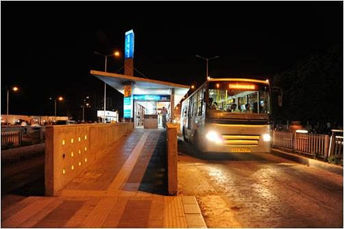 Ahmedabad BRTS. Photo courtesy: Enthusiast10/Wikimedia