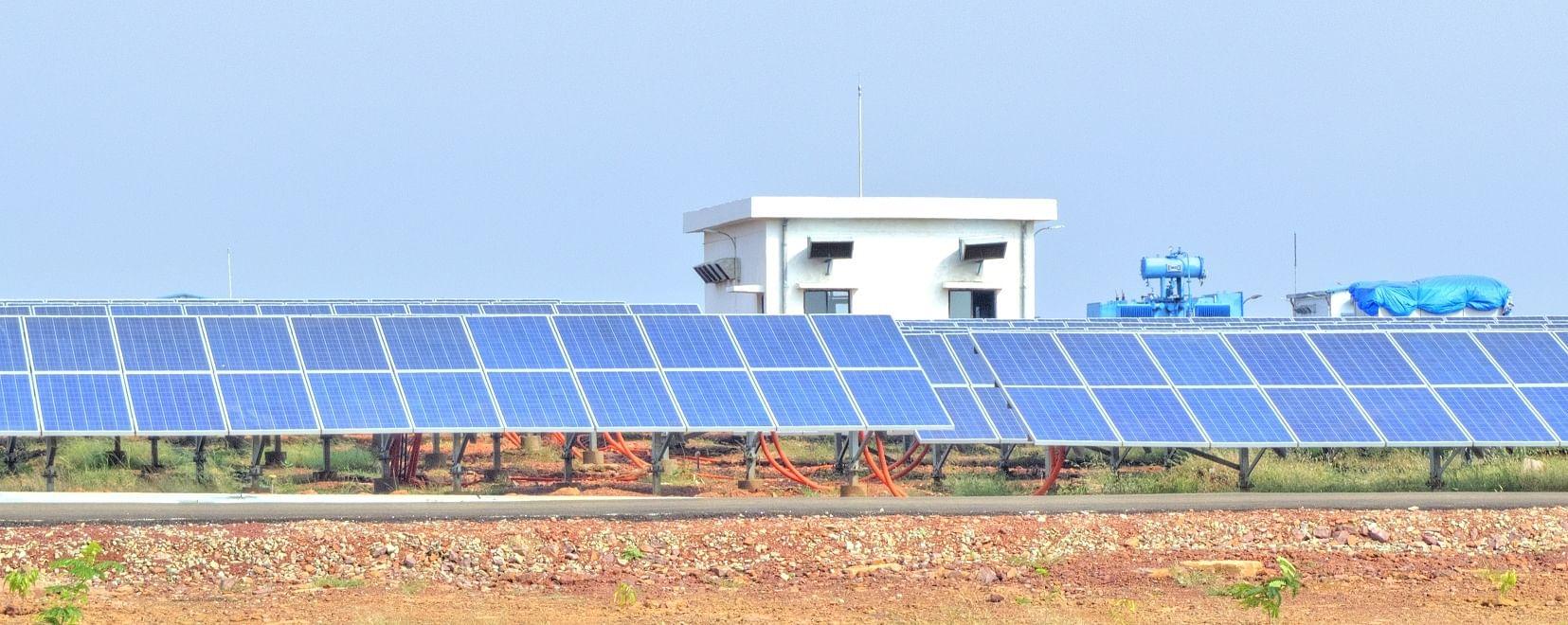 Neemuch Solar Power Plant Madhya Pradesh. Picture Source: Rahultalreja11/Wikimedia