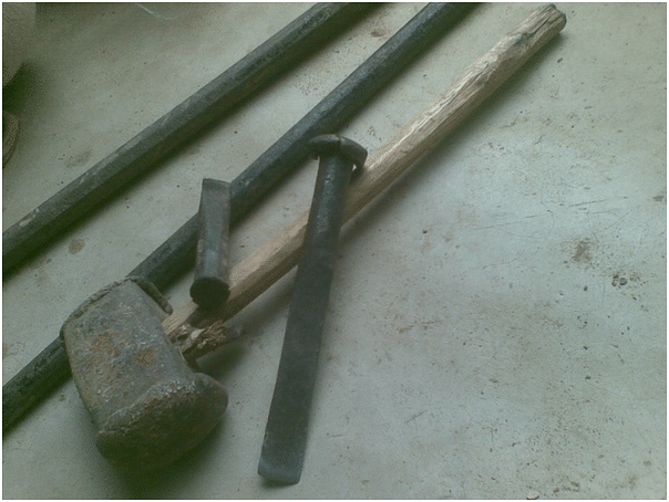 Dashrath Manjhi's hammer, chisel, and crowbars
