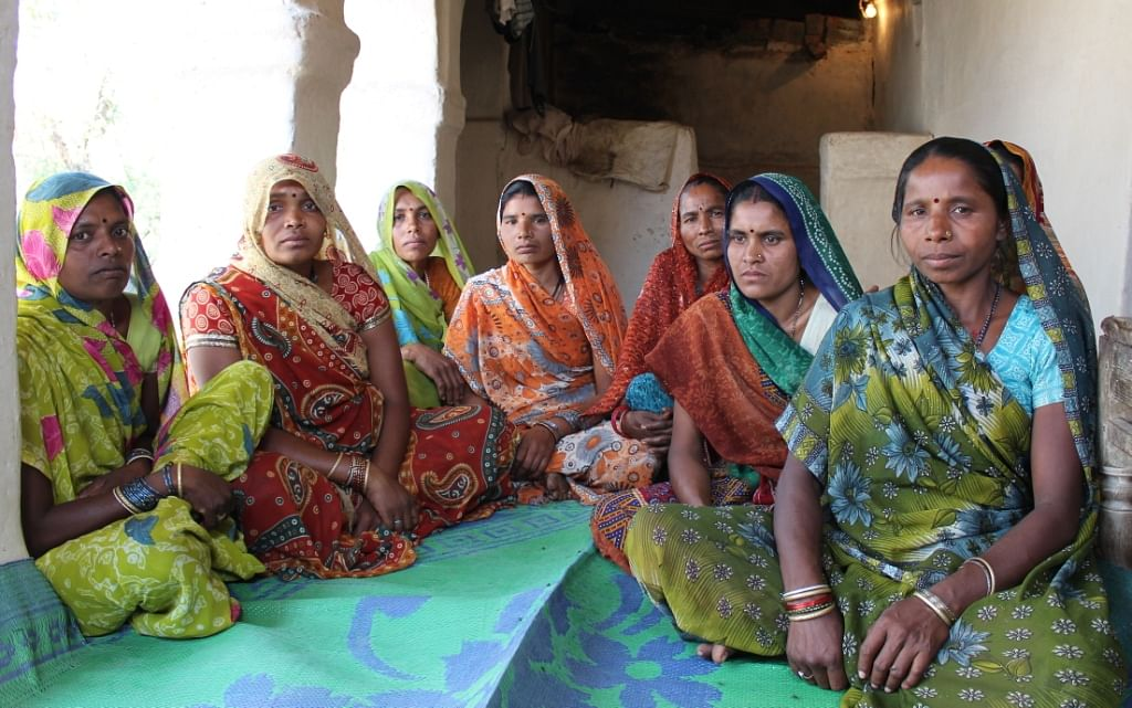 A SHG meeting of Rang De borrowers