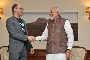 Twitter CEO Dick Costolo (left) with PM Narendra Modi