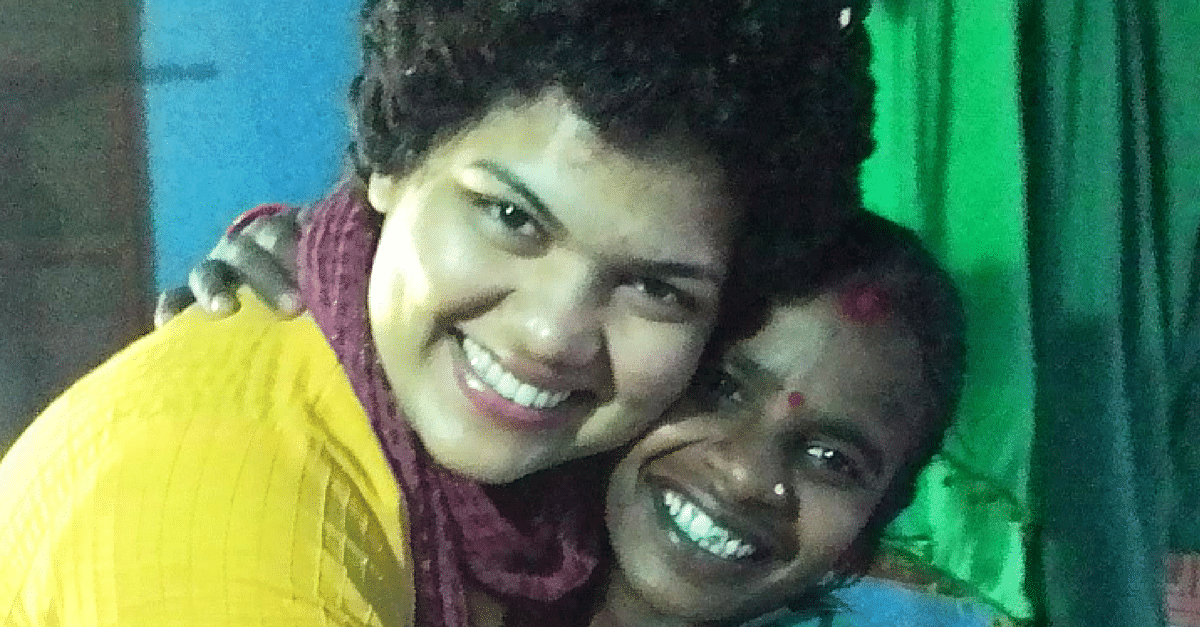 This Young Teacher Went To A Tribal Village In Odisha And Changed Lives Through Books, Songs & Stories