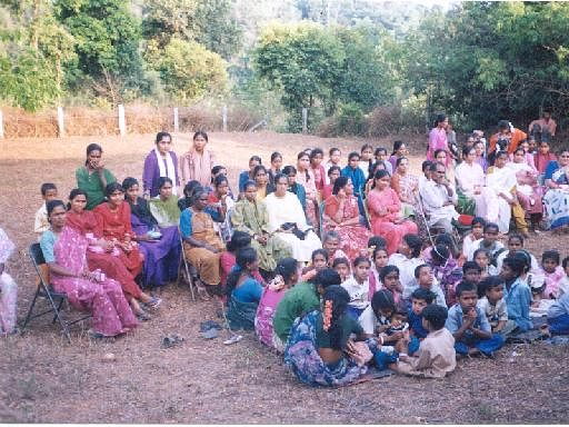 Community Health Workers conducting menstruation workshop at Begane anganwadi, March 2000