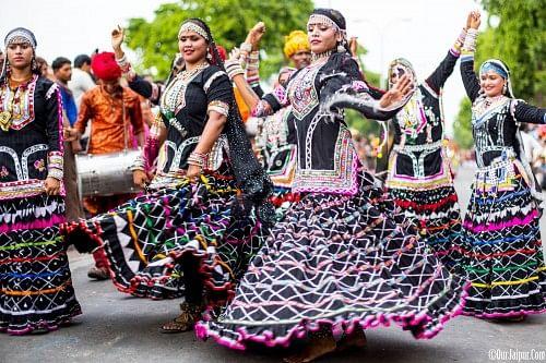 3.-www.ourjaipur.com201408teej-festival-jaipur-rajasthan.html