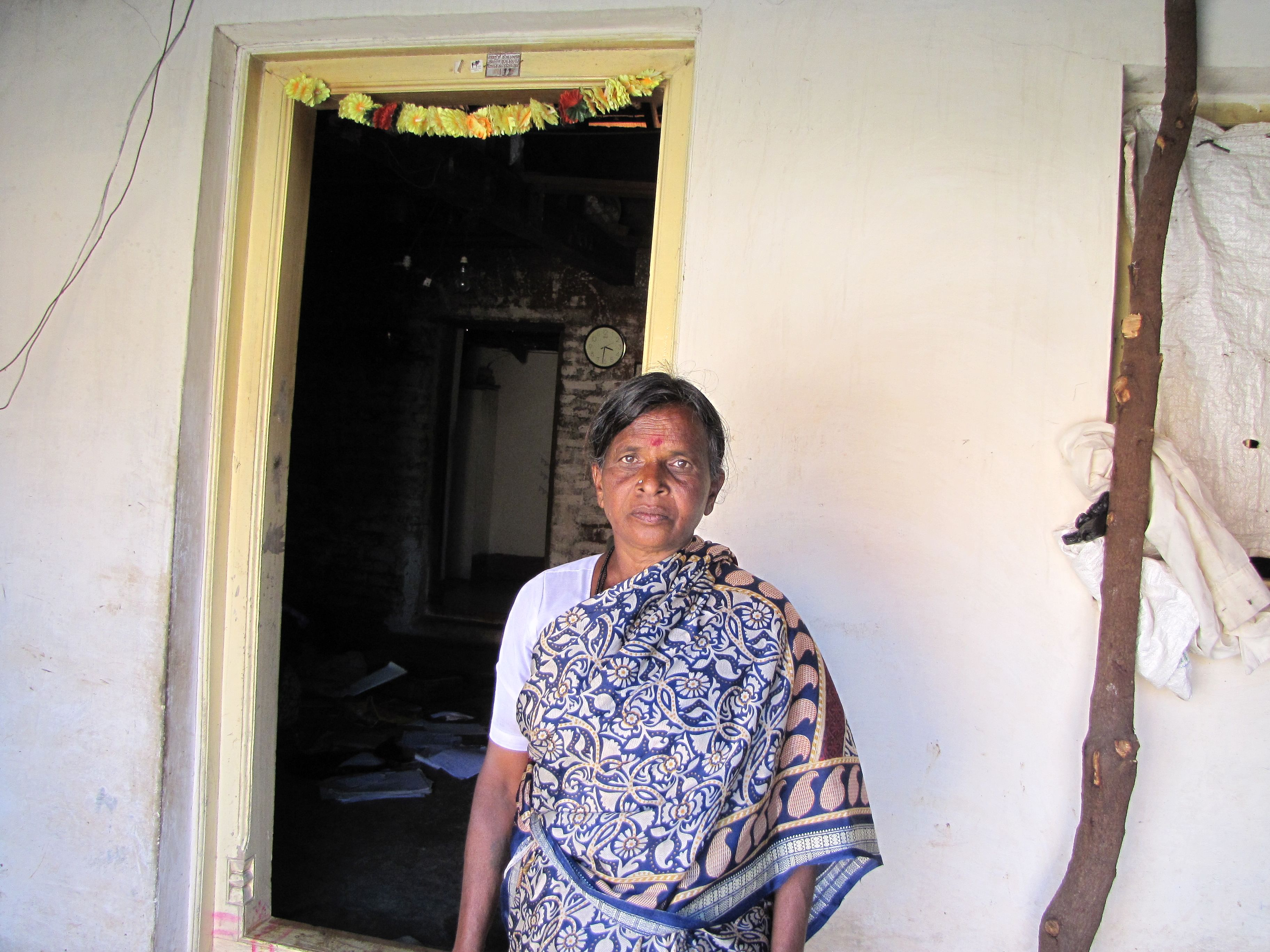 Ningamma from Tottavaadi village in Mysore is a proud land owner. She managed to get allotment under the Bhoo Odethana Yojane.