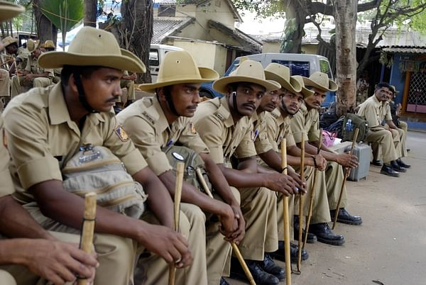 QUICK BYTES: Bangalore Police turns to Whatsapp to Improve Patrolling