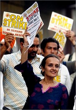 Bhairavi Desai, executive director of the New York Taxi Workers Alliance, pickets with the group near a taxi stand at Pennsylvania Station in New York on Thursday, Sept. 6, 2007. As the city's two-day taxi job action draws to a finish, Desai once again confirmed her role in the city's labor movement and her willingness to make bold moves on behalf of her membership. (AP Photos/Peter Morgan