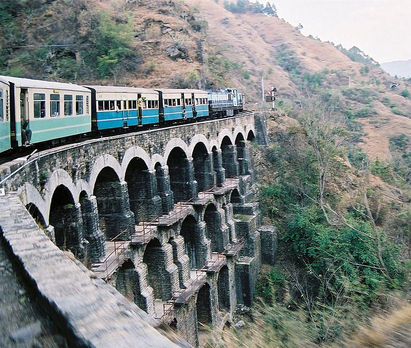 800px-KSR_Train_on_a_big_bridge_05-02-12_71
