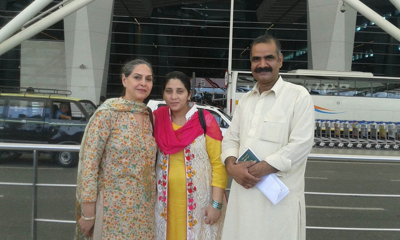 Mrs. Sajjda Imran with the Kohlis while leaving from India