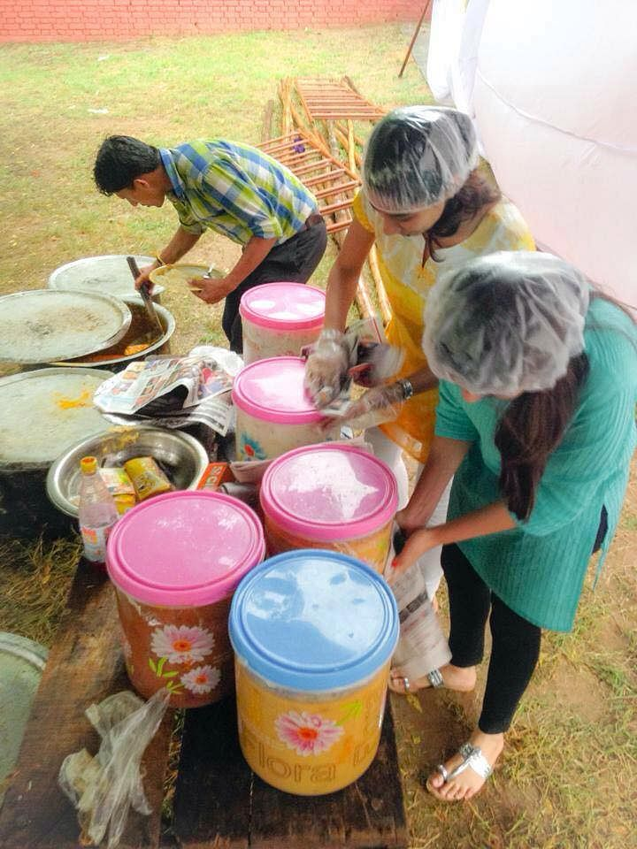 Feeding India works in over 20 cities of India.