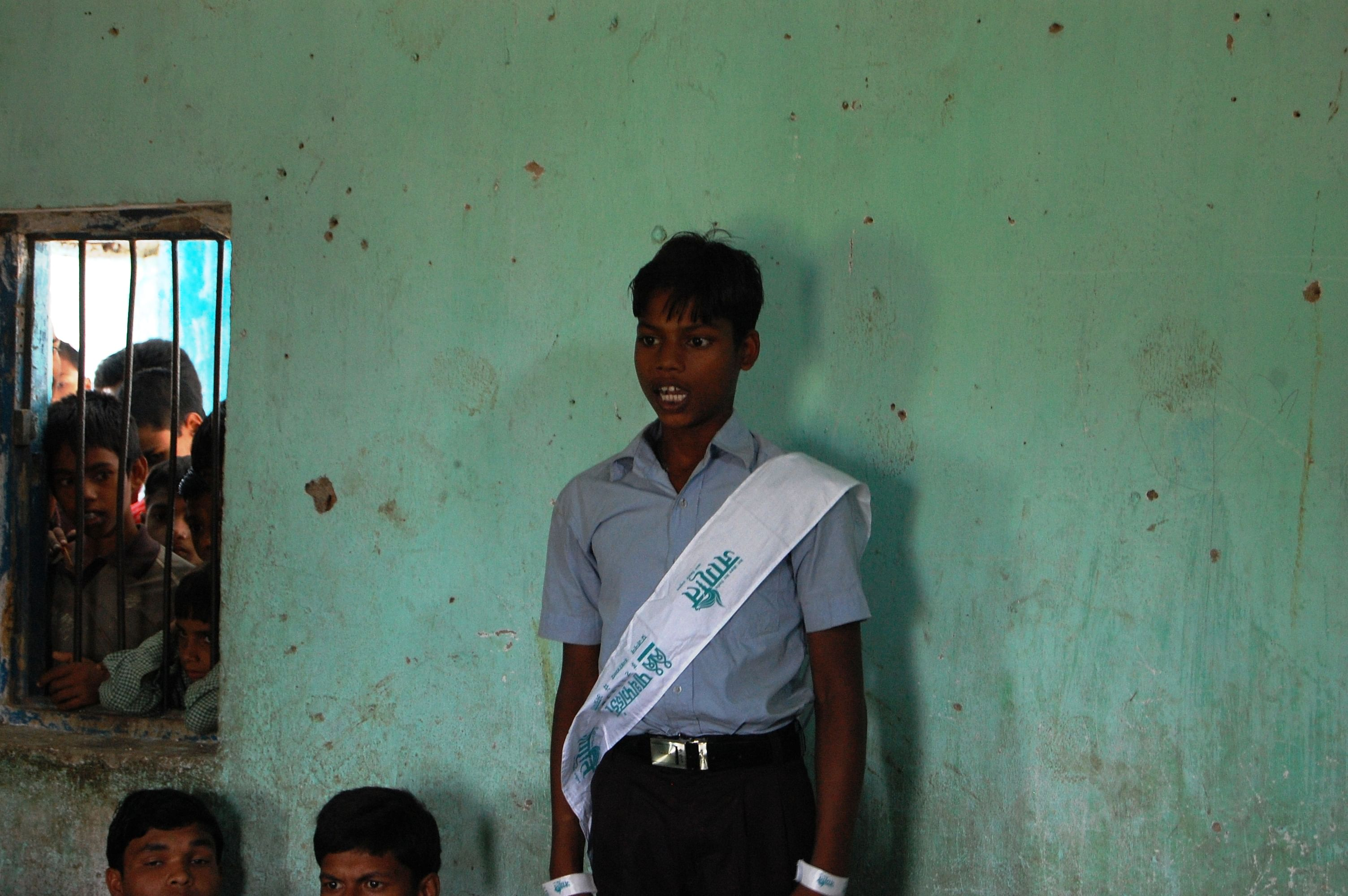 Aakash Kumar, 17, a resident of Tekna Farm, a small hamlet in Bodh Gaya, Bihar, took on his parents and the community to stop the marriage of his 13-year-old cousin sister. He has attended sensitisation trainings under the PRACHAR programme that showed him the significance of delayed marriage on the health and well being of women and families. (Courtesy: Pathfinder International)