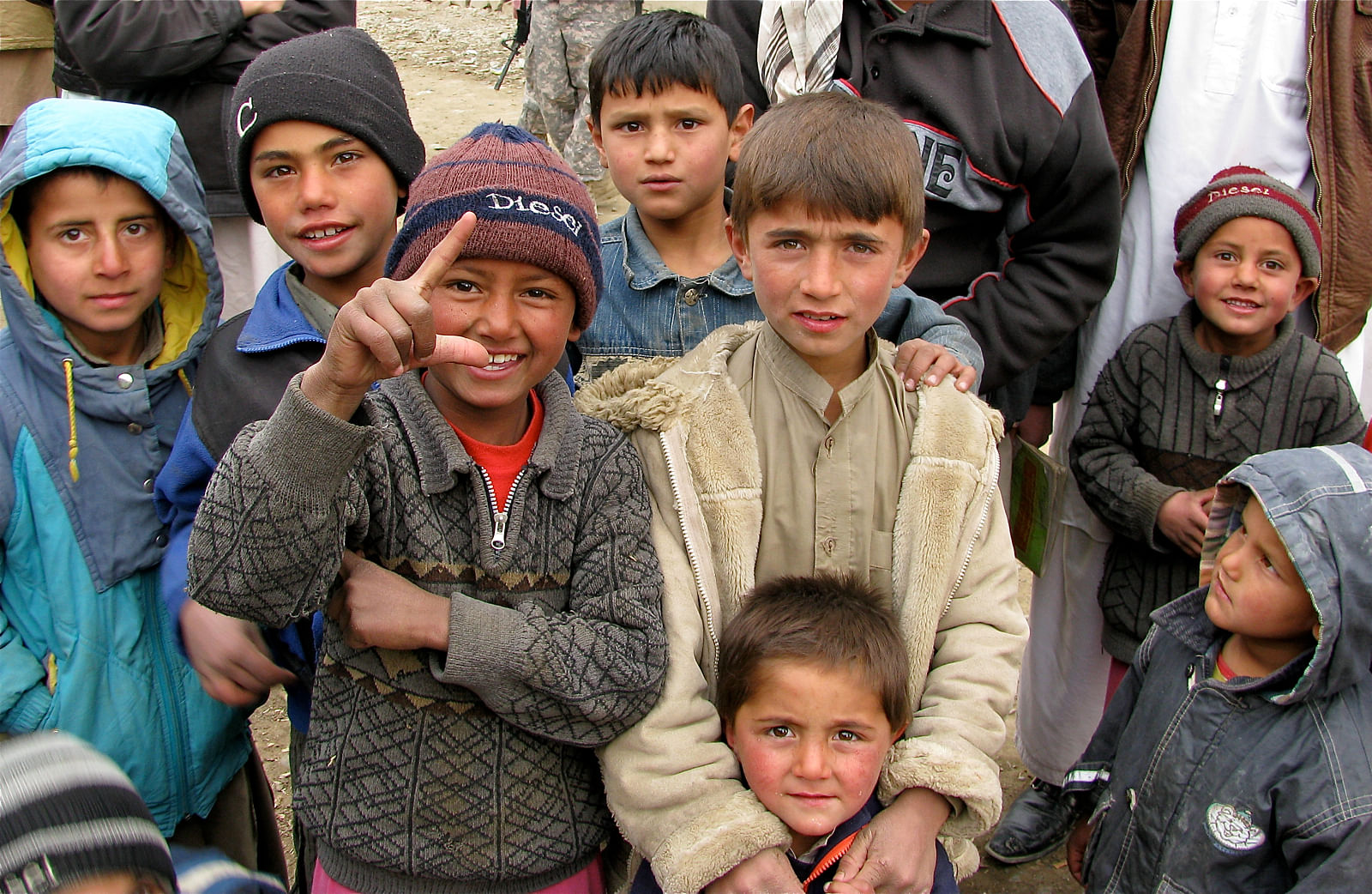 afghan boys afghanistan children taliban india heart diseases honey treatment police trap kabul help indian treating country suffering kill hole