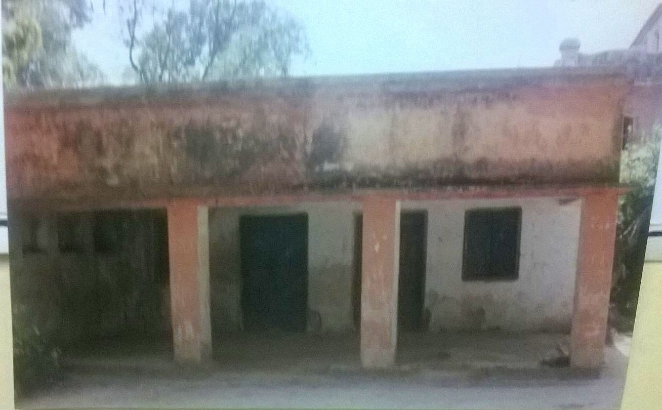 Poor condition of Premchand's house before the renovation.